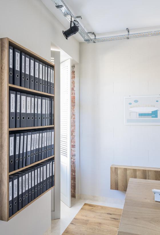 Apartament - pomieszczenie biurowe