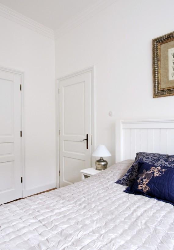 Sypialnia w apartamencie na ulicy Dobrej
